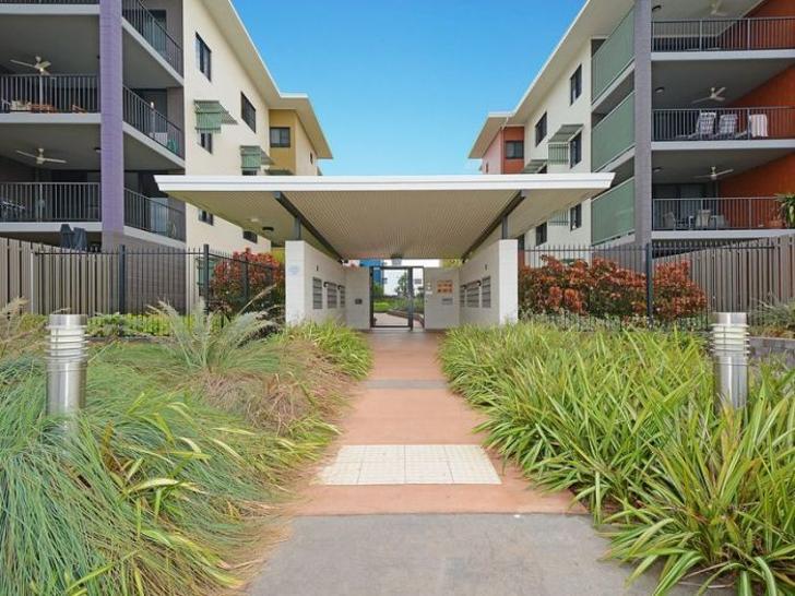 Apartment - 16E/174 Forrest...