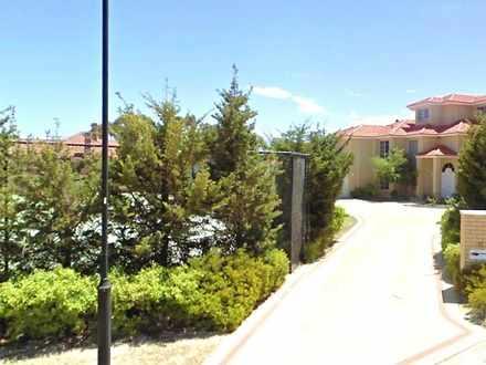 House - 10 Hamilton Gardens...