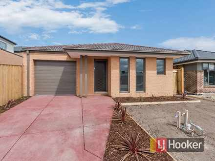 House - 23 Green Gully Road...