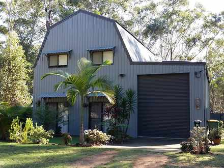 House - 13 Gilcrest Road, R...