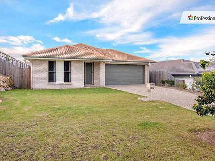 House - 7 Coldstream , Way,...