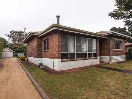 House - 54 Flinders Street,...