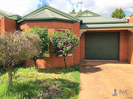 Townhouse - 15 Leichardt  C...