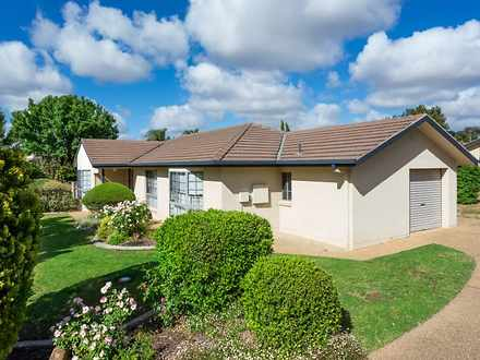House - 1/18 Kimberley Driv...