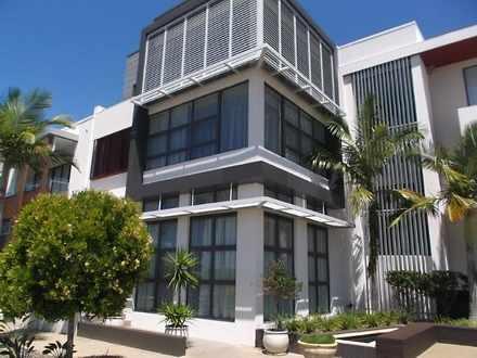 Villa - 15 Salacia Drive, P...