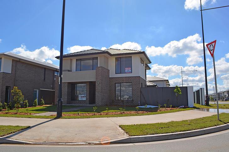 House - 2 Barrallier Drive,...