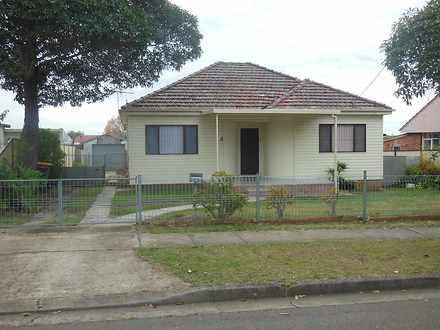 House - 4 Jocelyn Street, C...