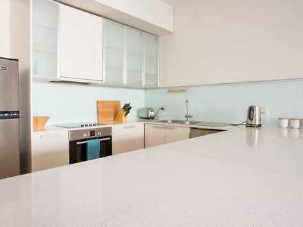 Apartment - 7B Lawrence Ave...