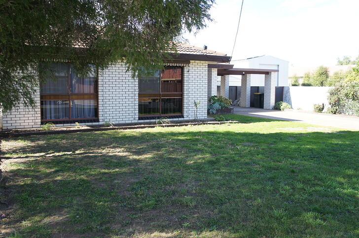House - 1 Farrar Avenue, Ho...