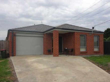House - 17 Stirling Street,...