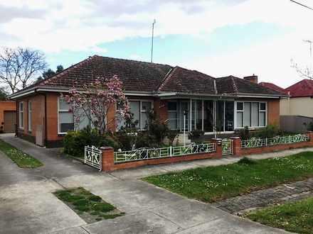 House - 303 Latrobe Street,...