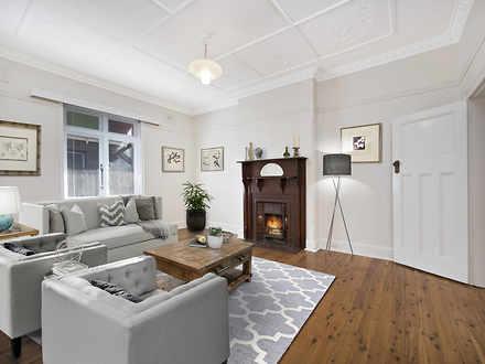 House - 3 Thornleigh Avenue...