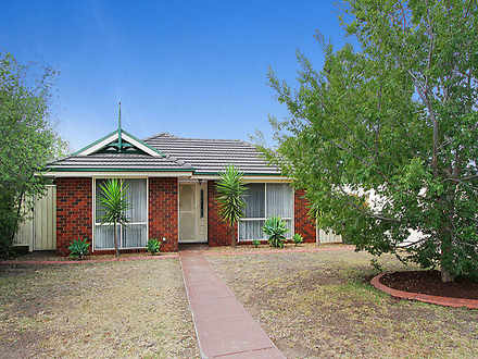 House - 14 Tussock Crescent...