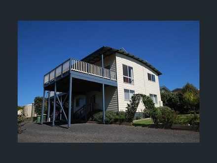 House - 3382-3384 Bass High...