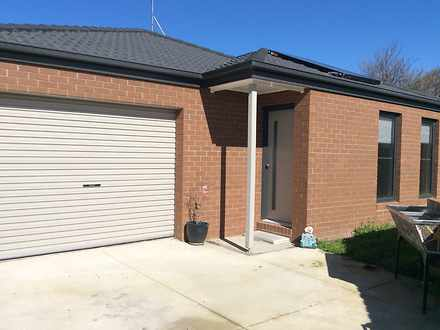 House - 52B Donnelly Avenue...