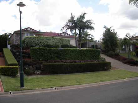 House - 43 Gippsland Drive,...