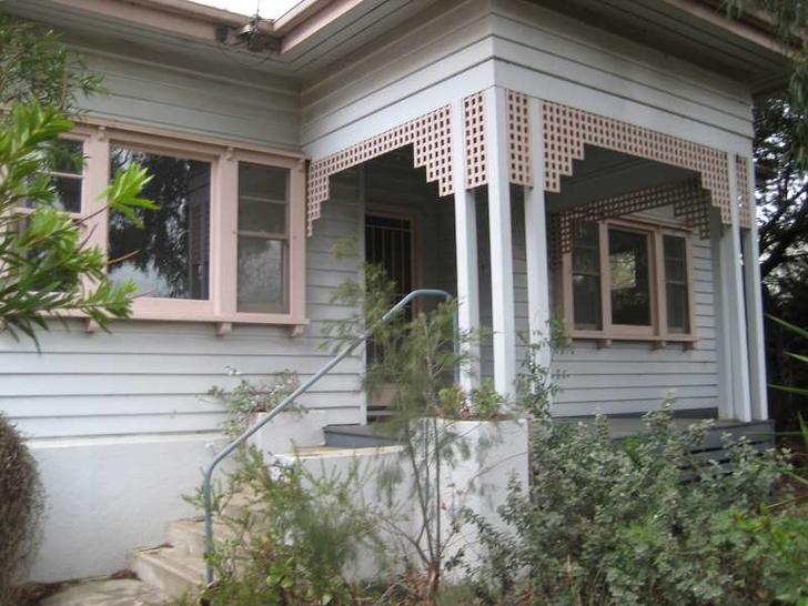 House - 2 Talbot Avenue, Ba...