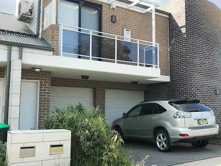 Townhouse - 2/38 Glenmore R...