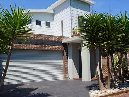 House - 4 Grattan Lane, Car...