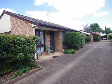Villa - Richmond 2753, NSW