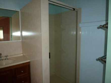 C4f28ec28e583bd7fb59856e 10379 bathroom2 1511500953 thumbnail