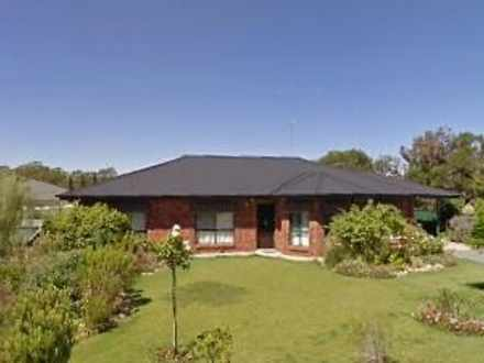 House - 15 Thornbill Cresce...