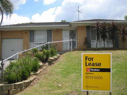 House - 30 Downes Crescent,...