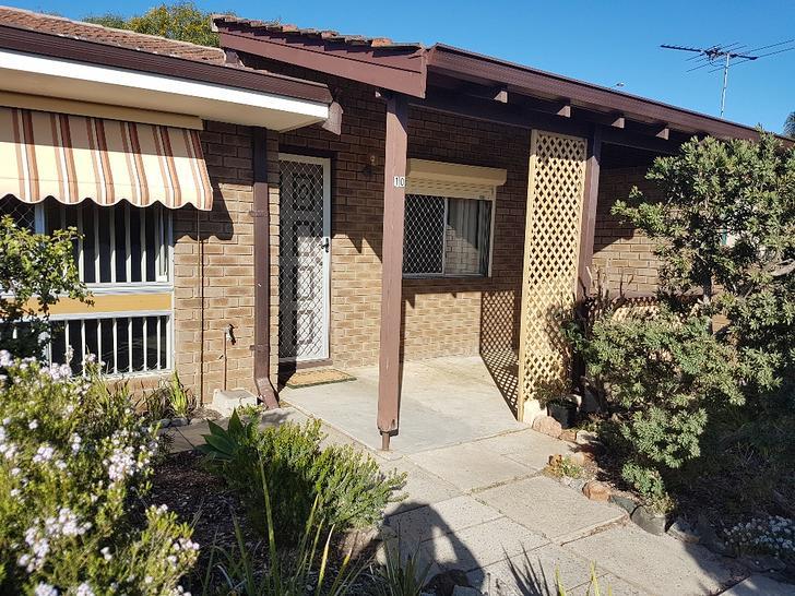 House - 10/41 Lensham Place...
