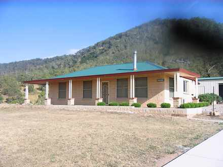 House - Lithgow 2790, NSW
