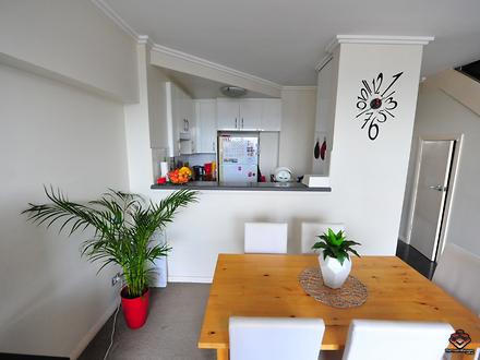 Apartment - 360 Kingsway, C...