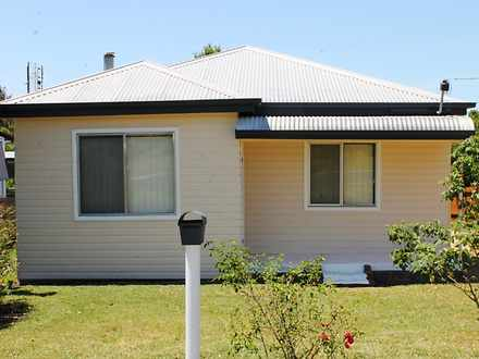 House - 21 Gilchrist Street...