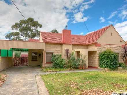 House - 28 Overland Road, C...