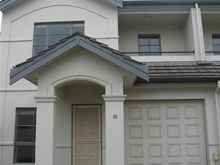 Townhouse - 10/16-20 Colley...