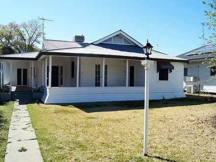 House - 84 Edward Street, M...