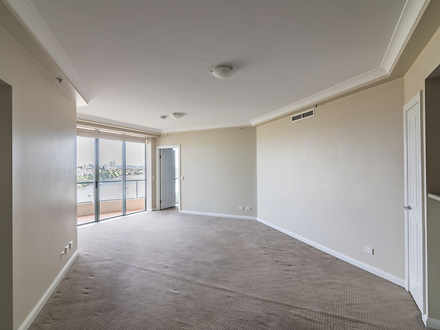 Apartment - 501 Queen Stree...