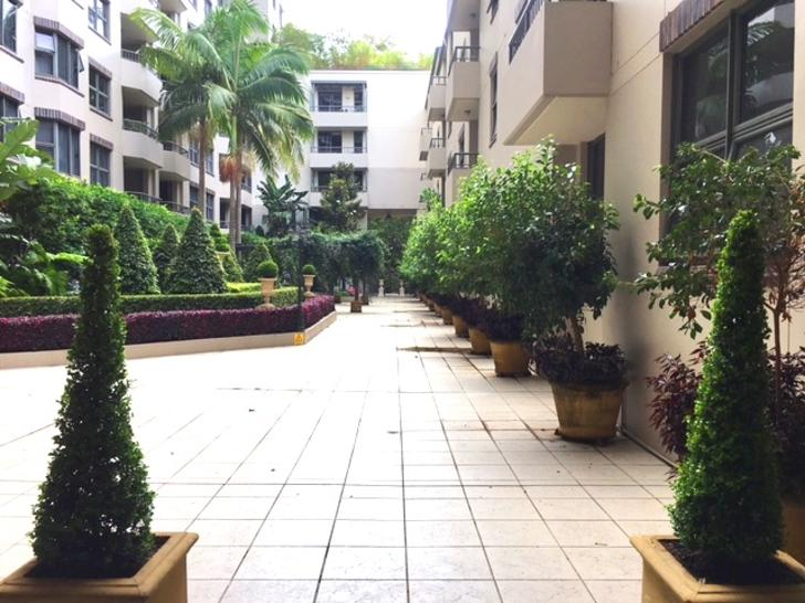 Courtyard 2 1516766500 primary