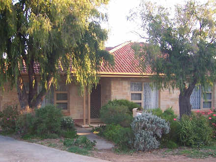 House - 6 Somerfield Avenue...