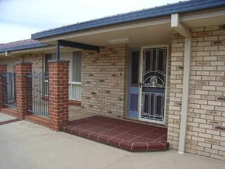 Townhouse - 5/44 Brolgan Ro...