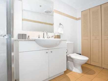 1812 regency bath 1518653028 thumbnail
