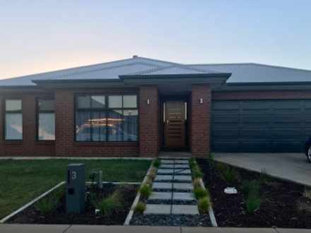 House - 3 Birkdale Square, ...