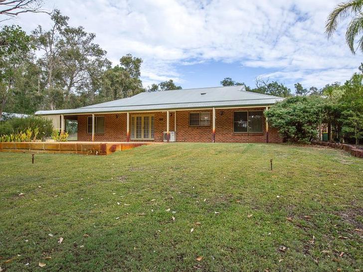 House - 44 Australind Road,...