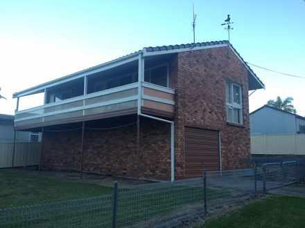 House - 25 Wood Crescent, H...