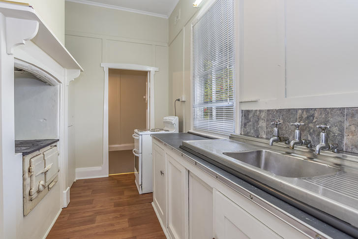 94a5b287c506cb5b84c1505a 30174 kitchen1of1 1519017408 primary