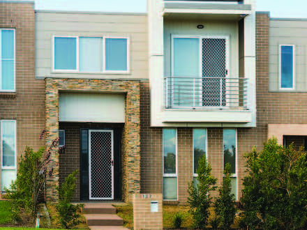Townhouse - 132 (LOT 102) L...