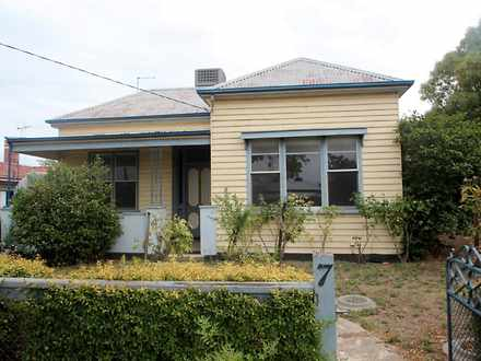House - 7 Campbell Street, ...