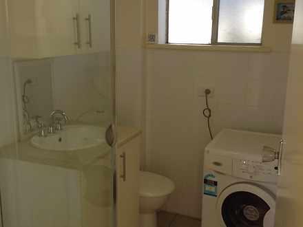 67fc2b1953808d7b43b7e2b2 27028 bathroom 1519930091 thumbnail