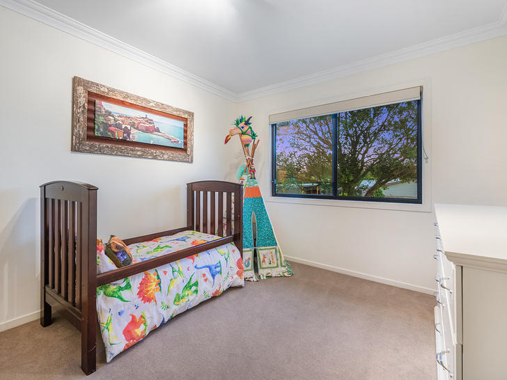 F46d95387fe7c570e7d3890f 6792 2annamarierochedalebedroom1 1520220272 primary