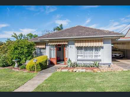 House - 31 Padbury Road, Gi...