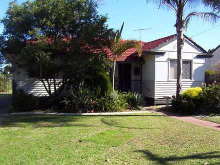 House - 36 Kenton Way, Cali...