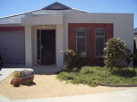 House - 6/27 Basham Street,...